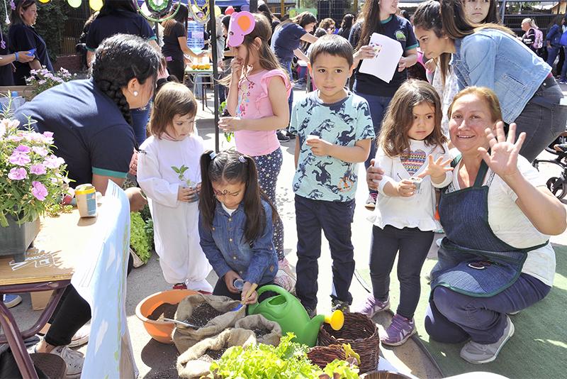 """Fundación CAP culmina """"Aprender en Familia-Educación Parvularia"""" en Colina con gran fiesta"""
