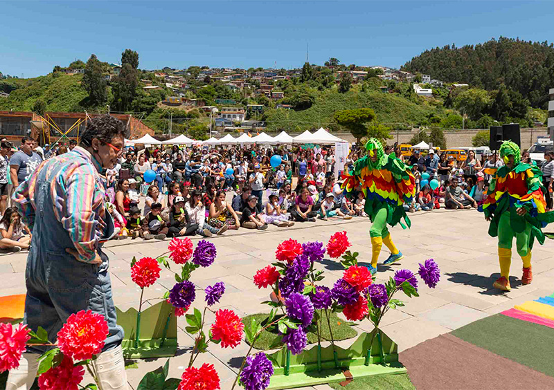 Colorida Fiesta de la familia en Talcahuano