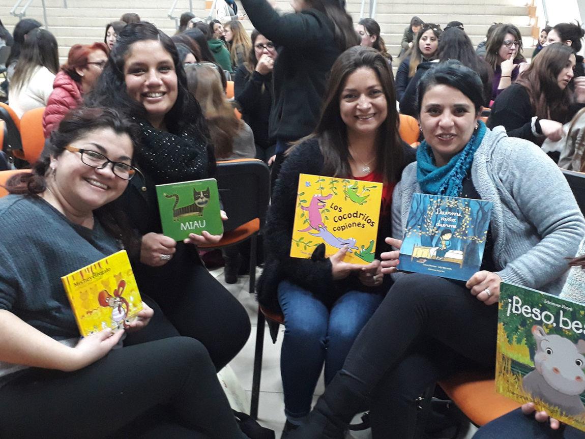 Fundación CAP, en alianza con la Subsecretaría de Educación Parvularia capacitan a 700 educadoras en fomento lector.