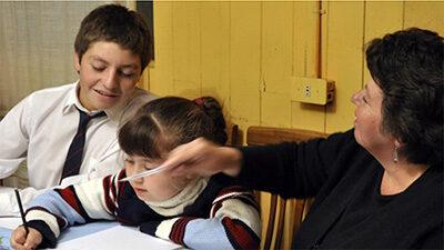 El vínculo entre las familias y las escuelas es fundamental para prevenir y disminuir la deserción escolar | De Interés